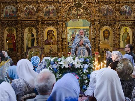 В Церкви молятся о мире в Украине